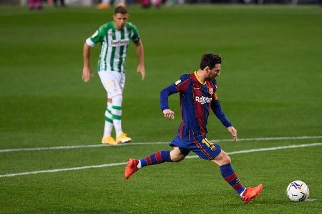 """Pha đá 11m cực """"dị"""" khiến đối thủ mắc lừa, Messi và Ronaldo phải nể - 1"""