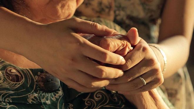 """""""Đừng để tình yêu thương dành cho cha mẹ mãi là điều bí mật"""" - 1"""