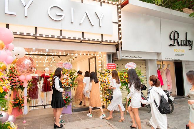 LY GIÀY – thương hiệu thời trang được phái đẹp lựa chọn - 1
