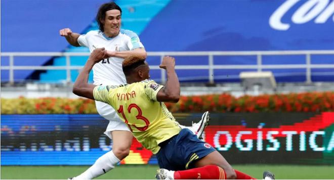 Video highlight trận Colombia - Uruguay: Cavani và Suarez tung hoành, áp sát Argentina - 1