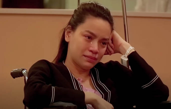 """Hồ Ngọc Hà """"sốc"""" vì hình ảnh của chính mình trong clip được người tình ngoại quốc cầu hôn - 2"""