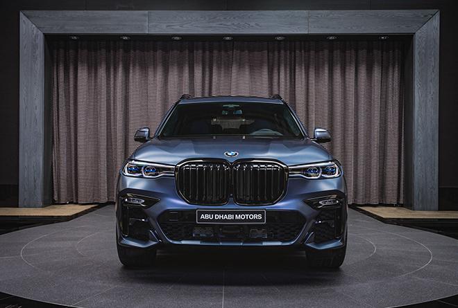 Soi chi tiết BMW X7 phiên bản Dark Shadow 500 chiếc trên toàn cầu - 1