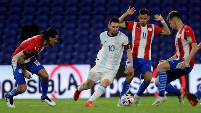 """เปรู - อาร์เจนติน่าตัดสินฟุตบอล: เมสซีต้อง """"ผ่อน"""" และตัดสินใจแข่งกับบราซิล"""