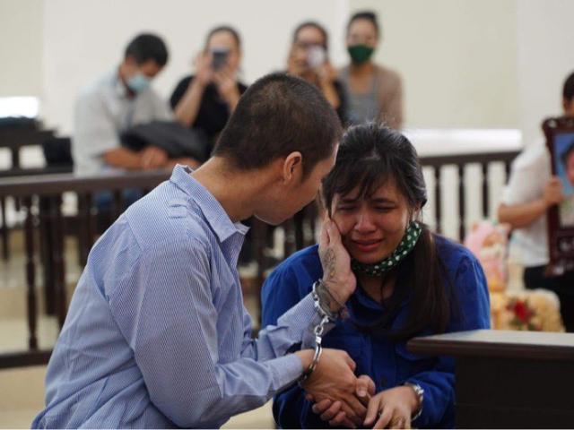 Pháp luật - Bé 3 tuổi bị bạo hành tử vong: Tử hình cha dượng, mẹ ruột lĩnh án chung thân