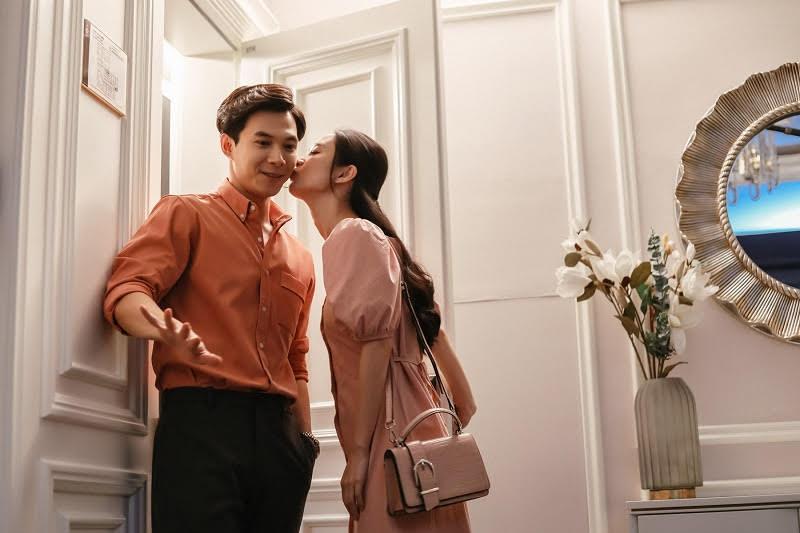 Jun Vũ đến tìm Anh Tú giữa đêm chỉ để... trao 1 nụ hôn - 1