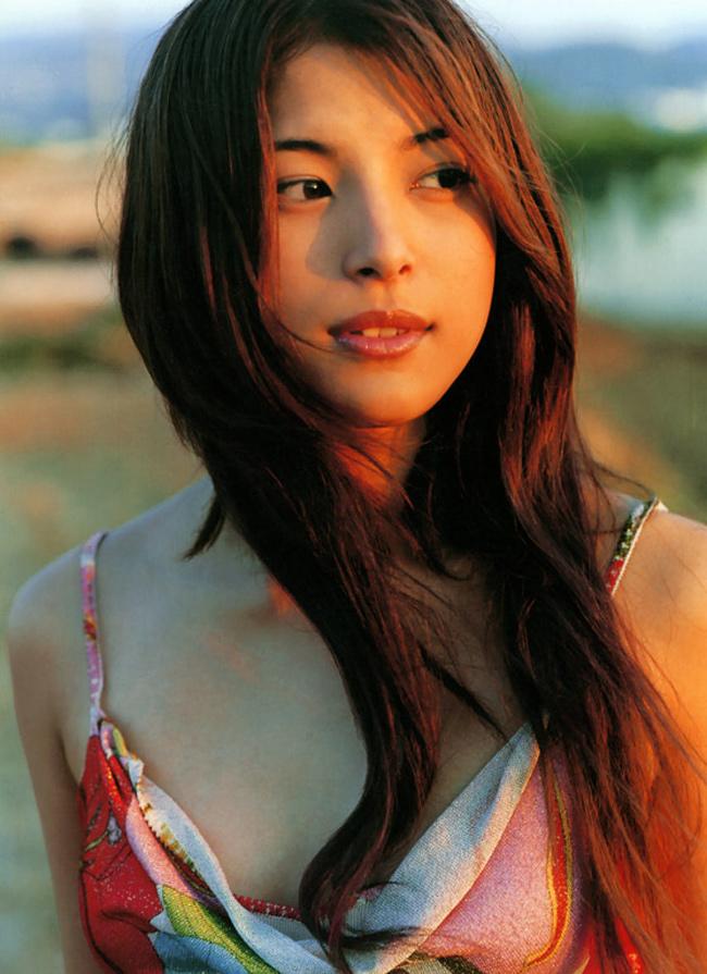 Takako Uehara sinh năm 1983, từng tham gia một số phim nhưKế hoạch B, Androme, Pokemon...