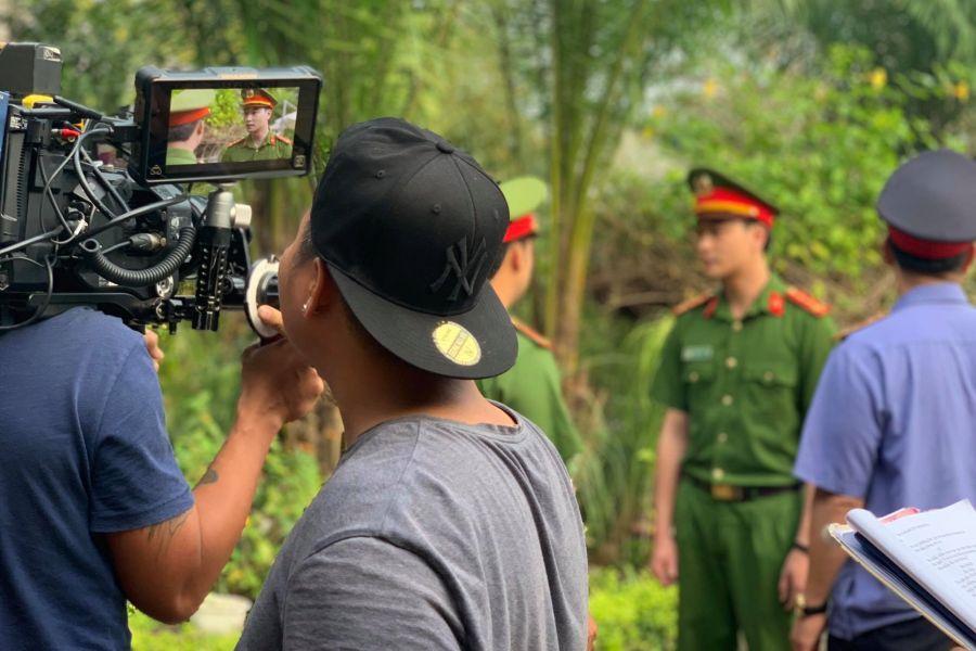 """Công tử """"phim 18+ hot nhất Việt Nam"""" bất ngờ hóa... công an - 7"""