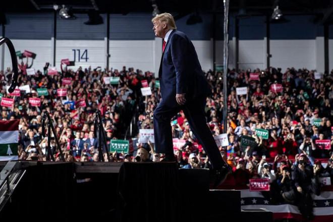 Ông Biden không nên xóa di sản ngoại giao của ông Trump - 1