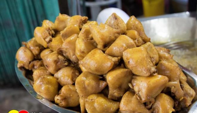 Đây là bộ phận độc, chứa nhiều ký sinh trùng nhất của con gà nhưng nhiều người vẫn thích ăn - 1