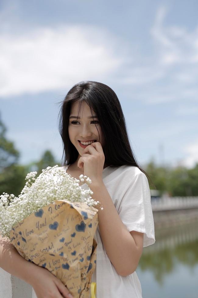 Hành trình đến với Hoa hậu Việt Nam 2020 của Đỗ Thị Hà không mấy dễ dàng khi cô giấu gia đình đăng kí cũng như phải tự lo liệu tài chính.
