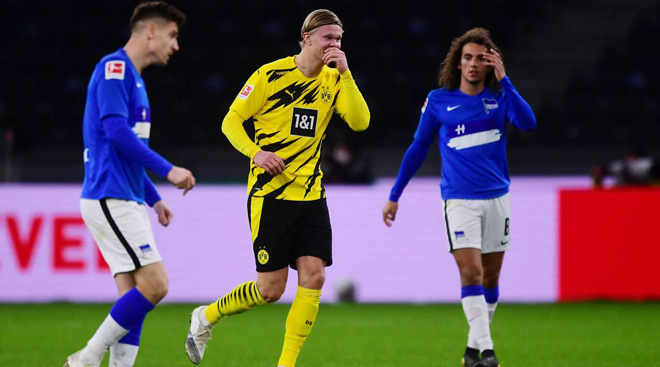 """Ngỡ ngàng Haaland lập """"poker"""" điên đảo châu Âu giúp Dortmund thắng ngược - 1"""