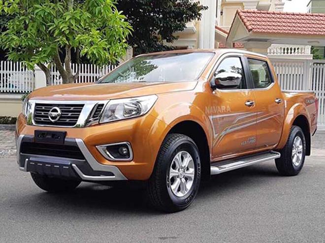 Nissan Navara đang được giảm giá chính hãng tới 36 triệu đồng - 1