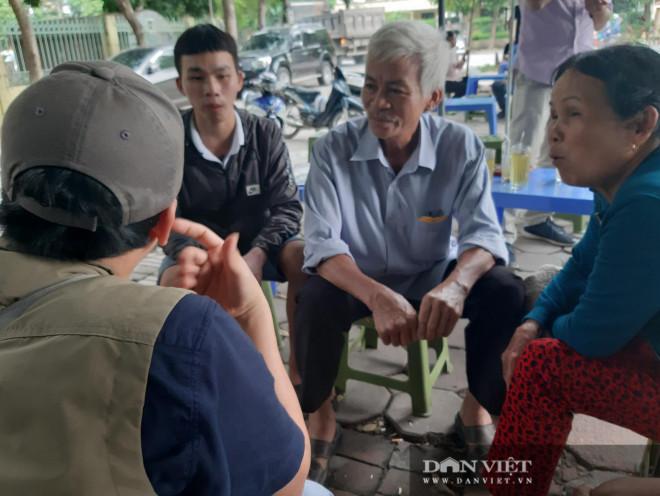 Người thân khóc nức nở khi gặp cháu bé bị chủ quán bánh xèo ở Bắc Ninh hành hạ dã man - 1