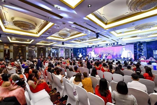Doanh nhân Đỗ Thị Vân Anh chính thức trở thành đại sứ thương hiệu Dova Group - 1