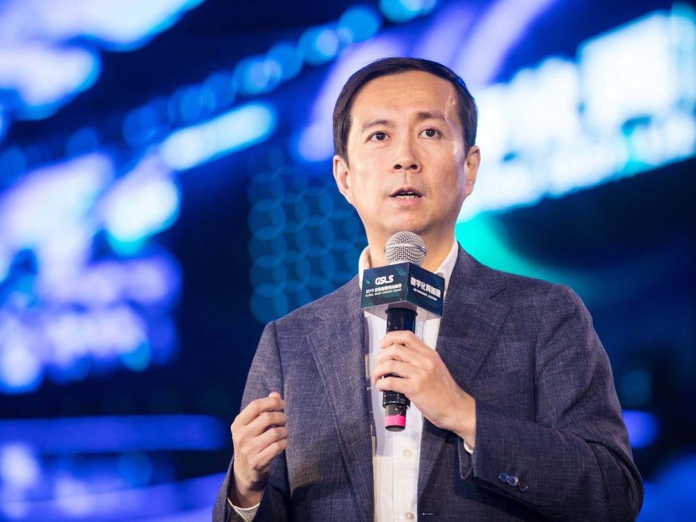 Sau thất bại của con cưng, CEO Alibaba hết lời khen chính sách kinh tế mới của Trung Quốc - 1