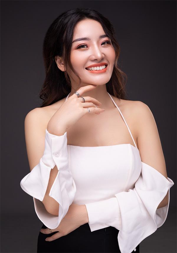Yumi Trần: Cô gái trẻ thành công trong lĩnh vực phun xăm thẩm mỹ - 1