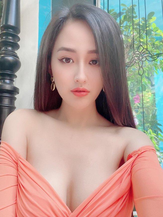 Đăng quang Hoa hậu Việt Nam 2006 khi mới 18 tuổi, Mai Phương Thúy là một trong số ít Hoa hậu chưa lập gia đình nhưng đã sở hữu khối tài sản khủng.