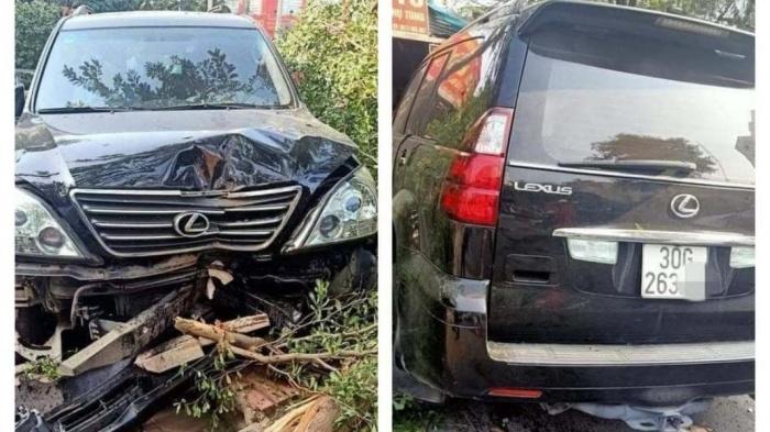 Xe Lexus lao ngược chiều với tốc độ kinh hoàng gây tai nạn liên hoàn - 1