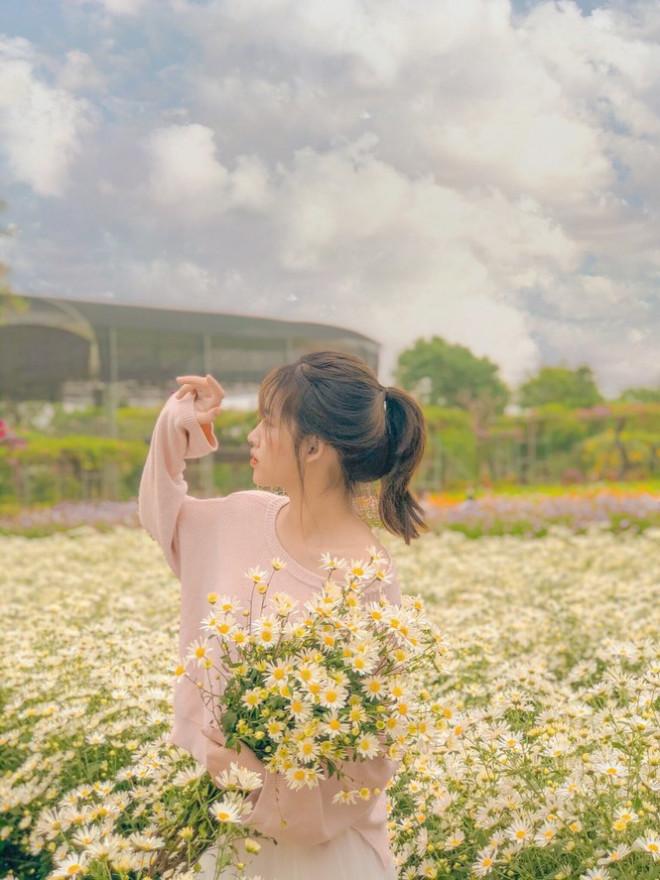 """Học viện Nông nghiệp Việt Nam sở hữu không gian tràn ngập sắc hoa, tha hồ """"sống ảo"""" - 1"""