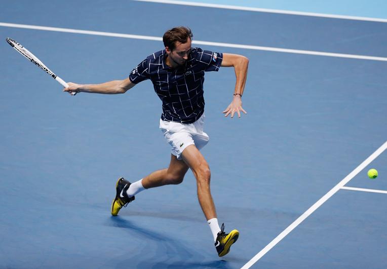 Dominic Thiem hay Medvedev sẽ bước lên đỉnh cao tennis thế giới ? - 9