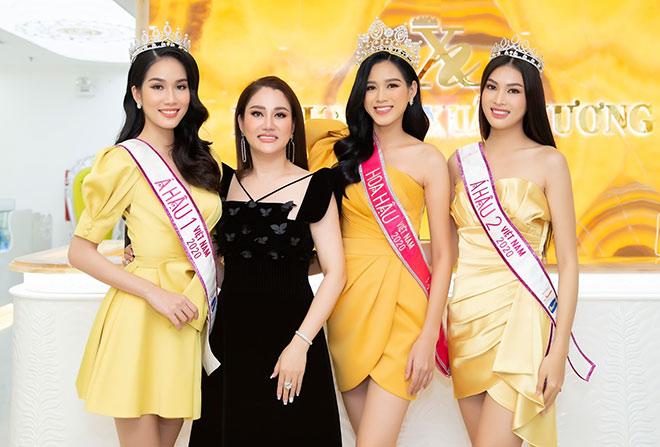 Top 3 Hoa hậu Việt Nam 2020 đến Bệnh viện thẩm mỹ Xuân Hương chăm sóc sắc đẹp sau đăng quang - 1