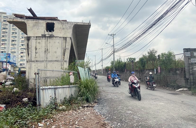 """""""Điểm mặt"""" những cây cầu trăm tỷ """"đứng hình"""" ở Sài Gòn - 1"""