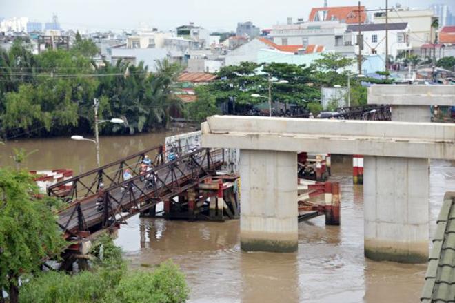 """""""Điểm mặt"""" những cây cầu trăm tỷ """"đứng hình"""" ở Sài Gòn - 10"""
