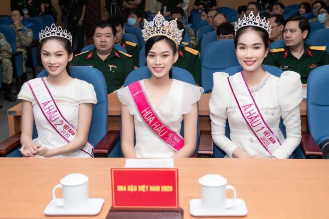 Hoạt động cộng đồng đầu tiên của Đỗ Thị Hà trên cương vị Hoa hậu Việt Nam - 1
