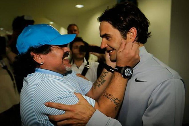 Tennis 24/7: Lộ bí mật Maradona là fan cuồng Federer - 1