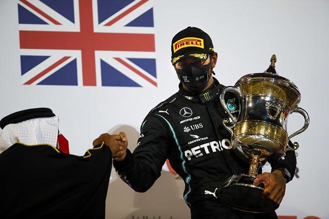 Đua xe F1, Bahrain GP: Mercedes vượt Williams, kịch tính cuộc đua nhóm giữa - 1