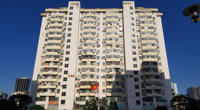 Vụ thang máy chung cư rơi ở Hà Nội: Người dân hoang mang, đề nghị làm rõ trách nhiệm - 1