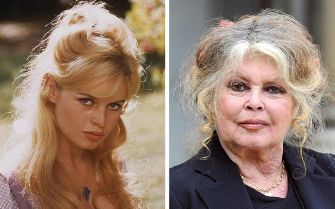 'Biểu tượng gợi cảm' Brigitte Bardot và những phong cách thời trang dẫn đầu xu hướng - 1