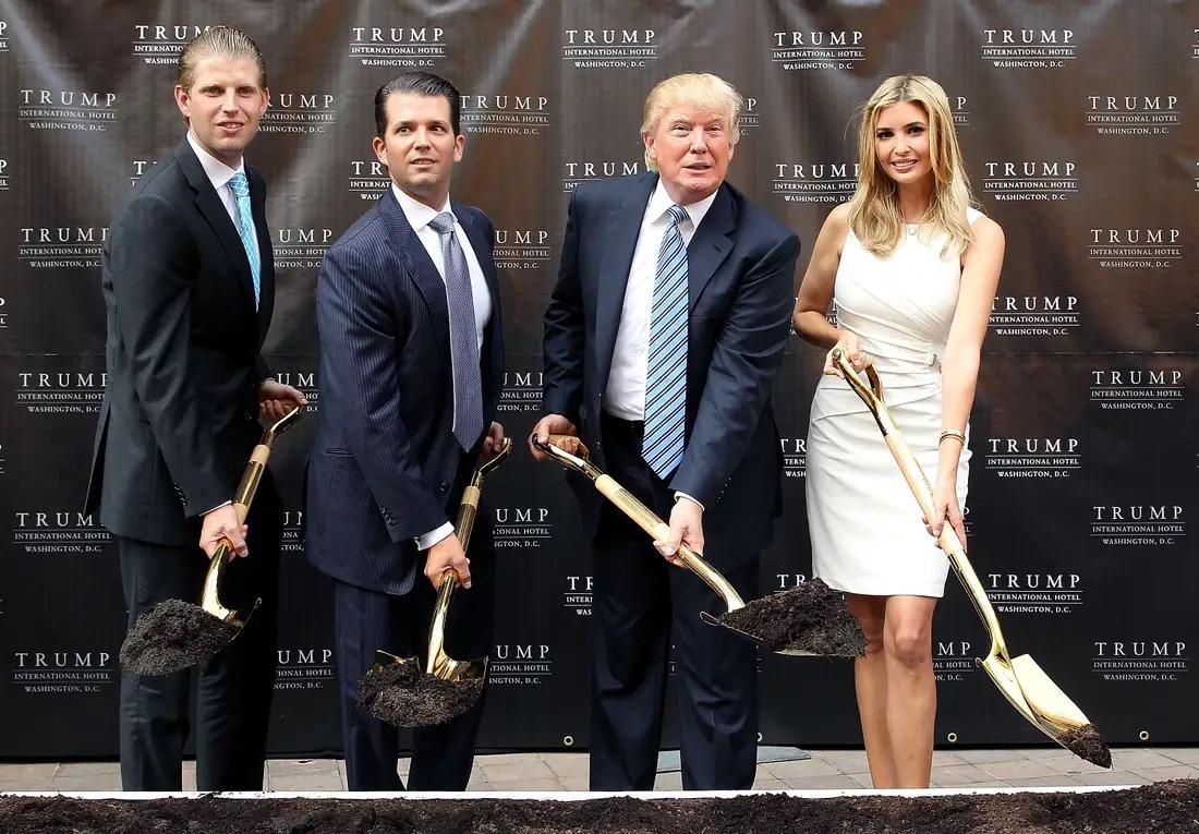 """Lo bị """"trả đũa"""", ông Trump tính miễn trừ trách nhiệm pháp lý cho các con? - 1"""