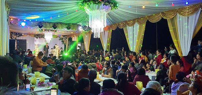 """Công Phượng mời cưới ở quê hơn trăm mâm """"gây sốt"""": Cả làng rộn ràng dự tiệc - 1"""