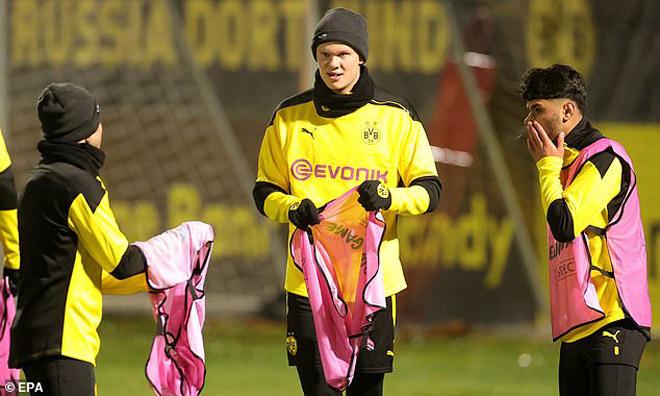 Dortmund bất ngờ đón tin Haaland chấn thương, Barca dễ cướp khỏi tay với giá rẻ - 1
