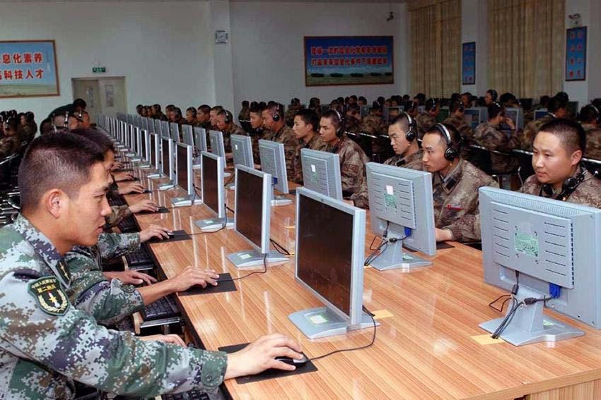Mỹ truy quét gián điệp cả nước, hơn 1.000 chuyên gia TQ vội rời đi - 1