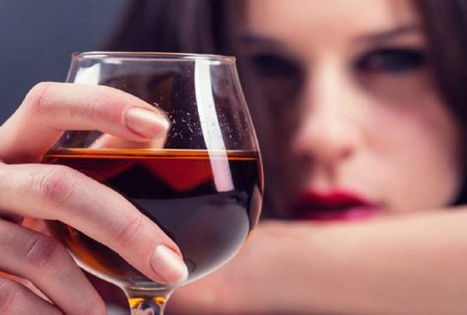 """Những đại kỵ khi uống rượu, biết mà tránh kẻo """"ân hận mấy cũng muộn"""" - 1"""