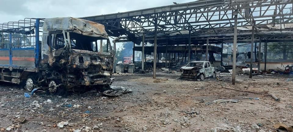 Vụ xe chở pháo lậu phát nổ: Bệnh viện thông tin sức khoẻ 4 người Việt bị thương - 1