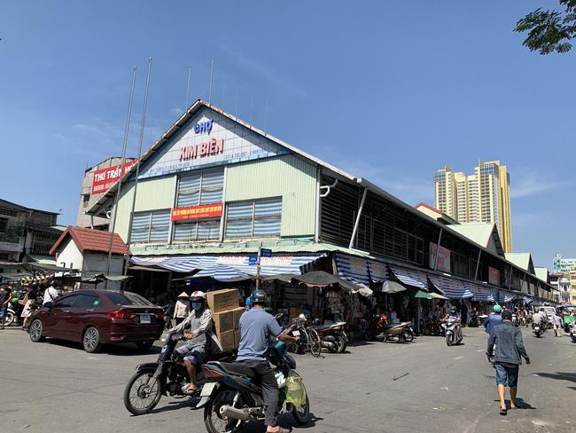 Người đàn ông dùng dao đâm chết nữ trưởng ban quản lý chợ Kim Biên - 1