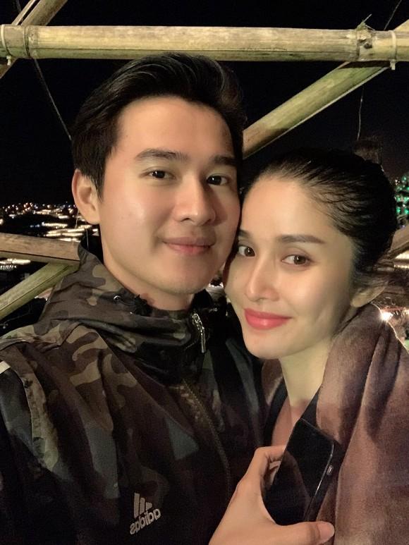 Chồng trẻ kém 9 tuổi hé lộ cuộc sống tân hôn với vợ cũ Phan Thanh Bình - 1