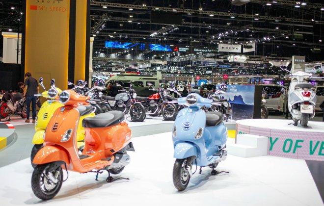 Ngắm loạt xe ga Vespa khoe sắc đẹp lung linh tại Motor Expo 2020 - 1