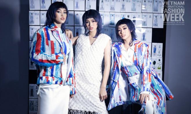 Loạt ảnh hậu trường với thần thái đỉnh cao của Hoa hậu Đỗ Thị Hà, Tiểu Vy - 1