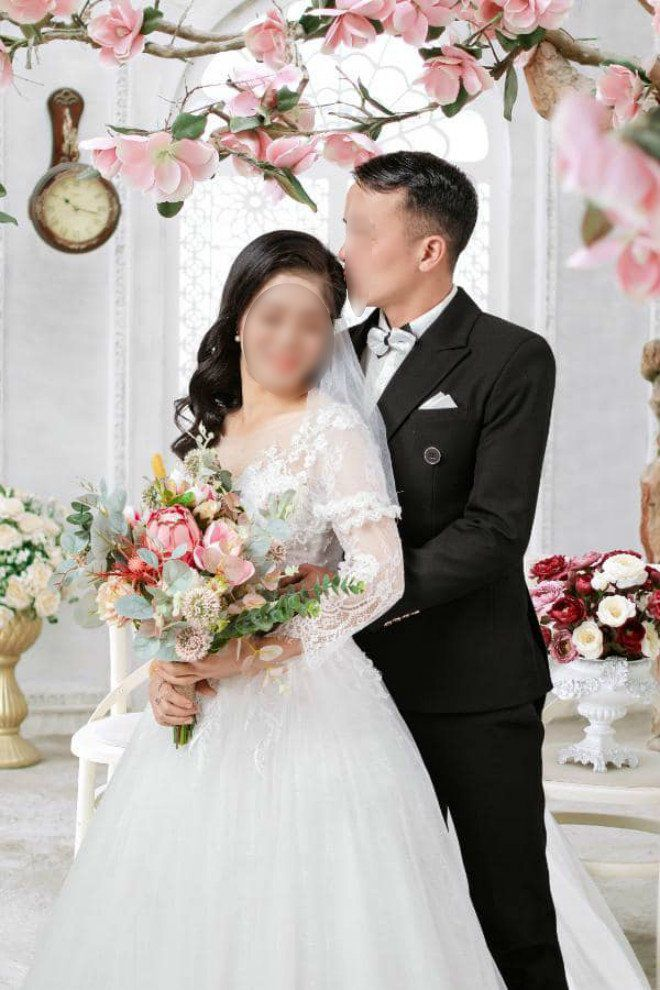 How does Lang Son's groom find out that the bride is married and has two children before the wedding day?  - 2