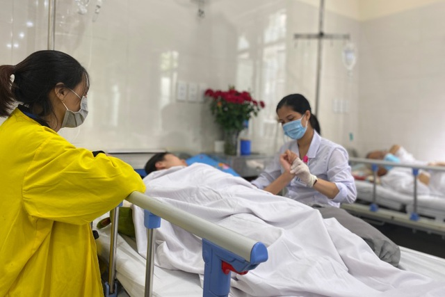 Cô giáo 34 tuổi bỗng chóng mặt rồi tử vong do đột quỵ - 1