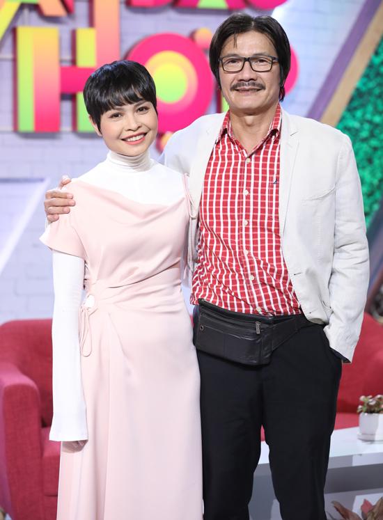 """2 sao nam Việt lấy vợ trẻ: Người """"cưa đổ"""" cô học trò kém 22 tuổi, người bị nhầm là ông nội của con - 1"""
