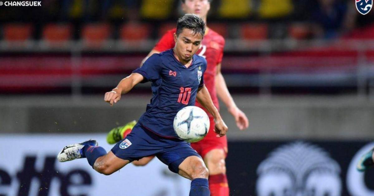 """Tuyển Thái Lan có thể gặp lại """"ác mộng"""" ở AFF Cup 2021 vì ngôi sao số 1"""