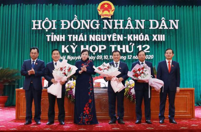 Thái Nguyên có tân Chủ tịch UBND tỉnh 43 tuổi - 1