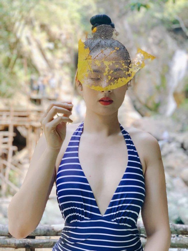 So với nhiều người đẹp khác, Hoa hậu Ngọc Hânkhá yên ắng và kín tiếng về chuyện đời tư.Mặc dù bị đồn yêu đương, kết hôn với bạn trai nhiều năm nay nhưng cô vẫn một mực giữ im lặng.