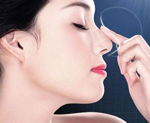 Sự thật về việc cấu, véo, vuốt, bôi kem đánh răng giúp mũi thon, cao hơn - 1