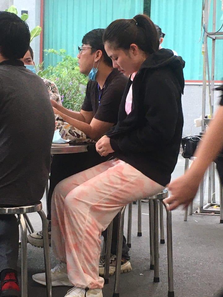 Nữ diễn viên Ngọc Lan lên tiếng khi mặc trang phục chưa phù hợp tới lễ tang NS Chí Tài - 1